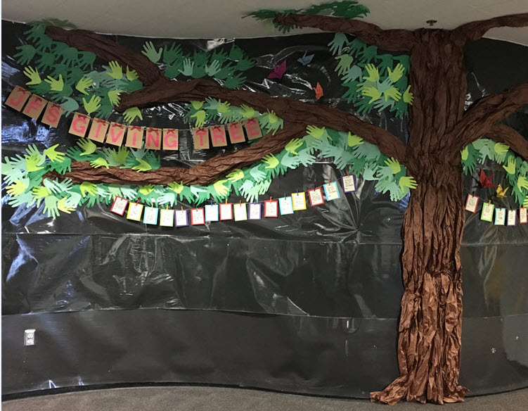 giving-tree-decoration